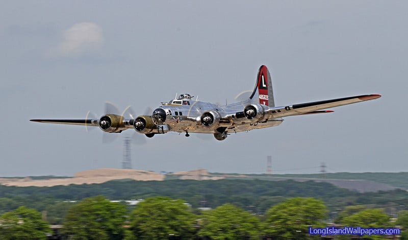 Take a B-17G Flying Fortress ride back in Time